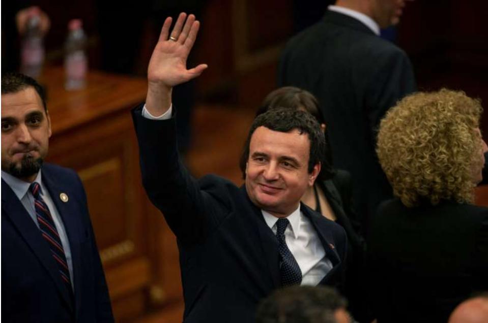 科索沃政府投票否决后提前举行选举